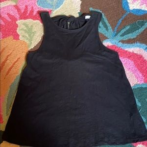 Black sleeveless t